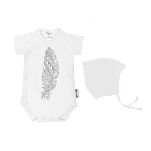 Baby bodysuit and hat gift set-feather