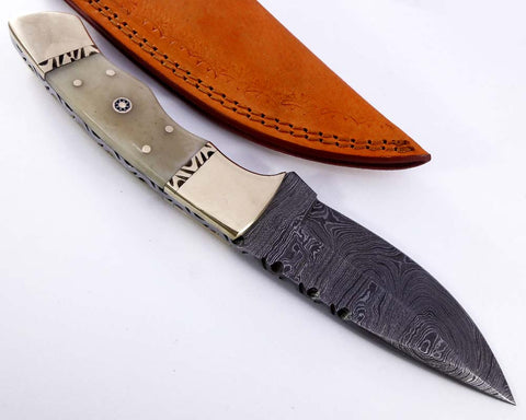 Damascus steel blade knife 2134