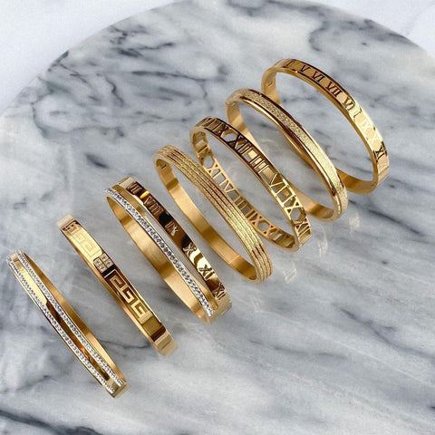 Bangles and Bracelets for women in Gold