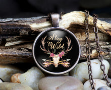 Stay Wild Pendant & Necklace Set