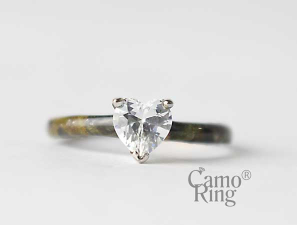 Sweetheart Solitaire Ring - Timbertec Camo - Size 6
