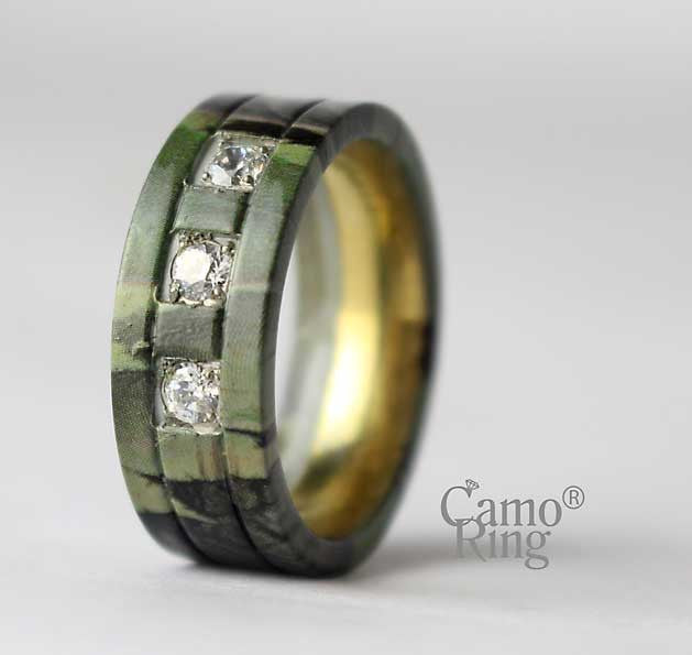 Men's Camo Gold Titanium 3 stone CZ  Ring - GreenLeaf Camo - Size 9