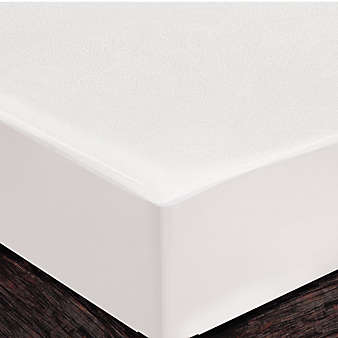 "Safe style Premium Queen Mattress Protector in White with Zipper 16"" Depth"