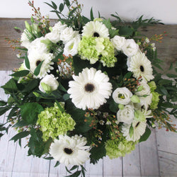 Burlington Florist - Send Flowers - Designer White Bouquet