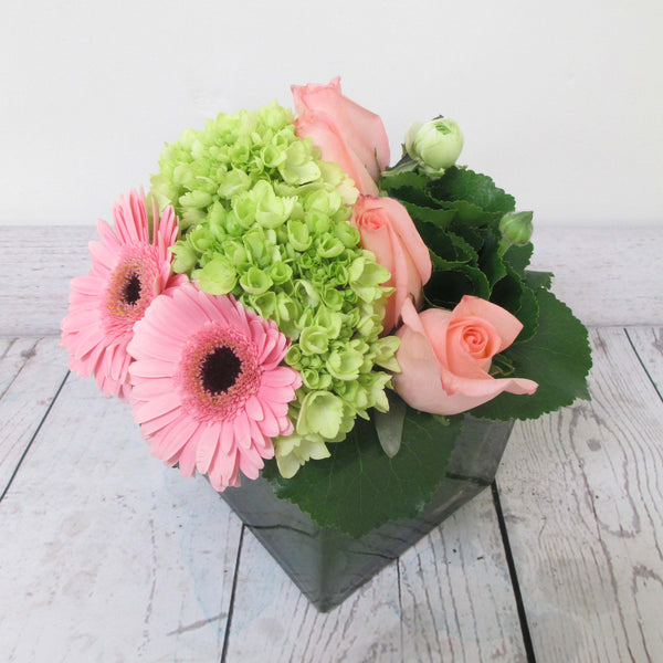 Burlington Florist - Send Flowers - Bright & Fresh European Arrangement