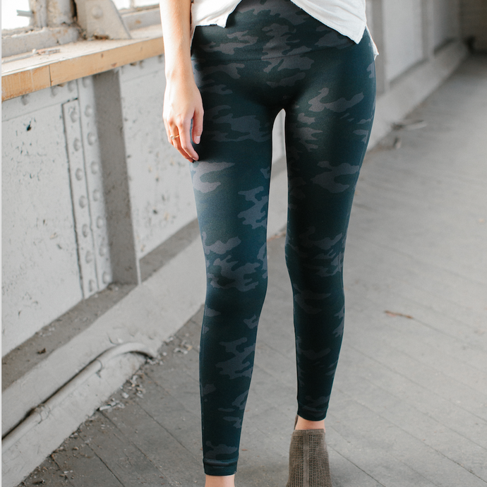 Spanx Look at Me Now Leggings - Black Camo