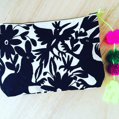 Otomi PomPom Clutch - Black