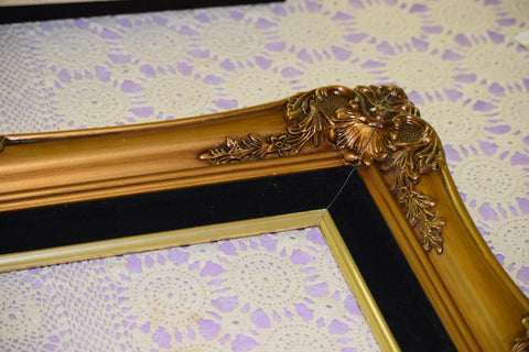 Frame, Brass with black velvet mat