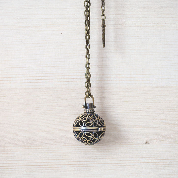 Diffuser Necklace No. 5