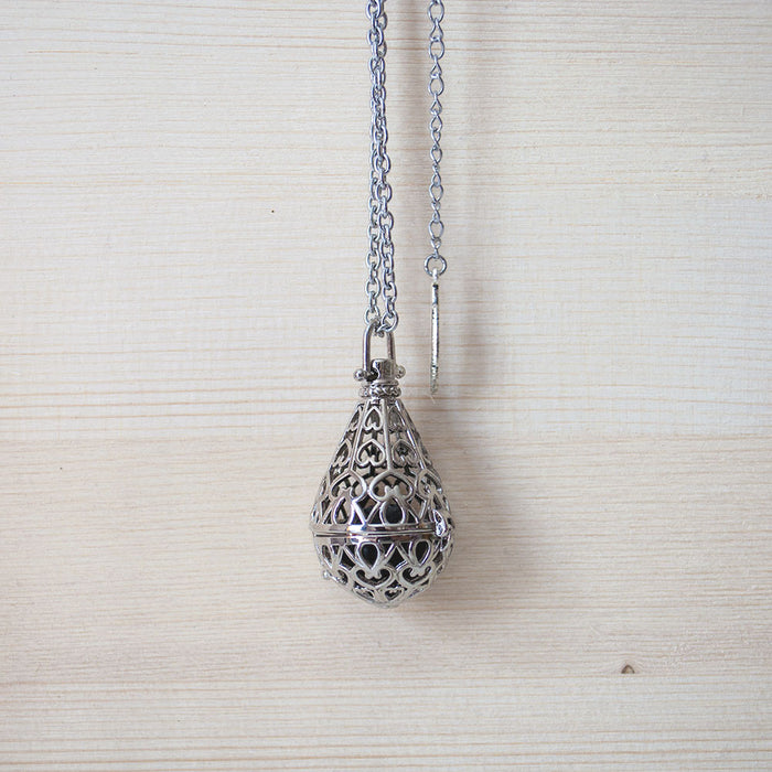 Diffuser Necklace No. 1