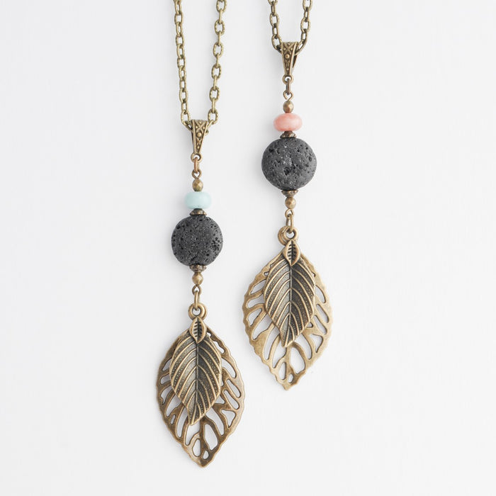 Diffuser Leaf Necklace in Bronze