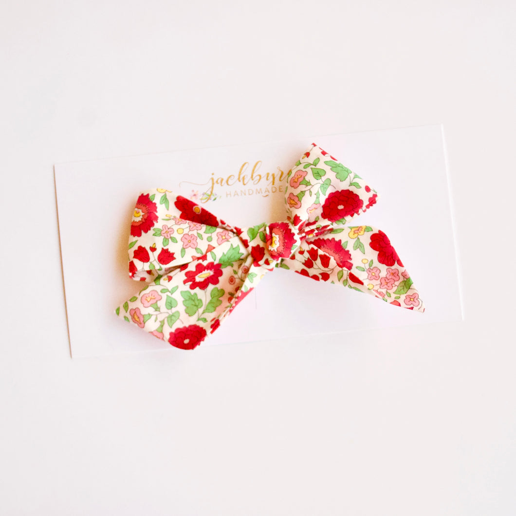 Liberty of London Floral: D'Anjo Red Bows