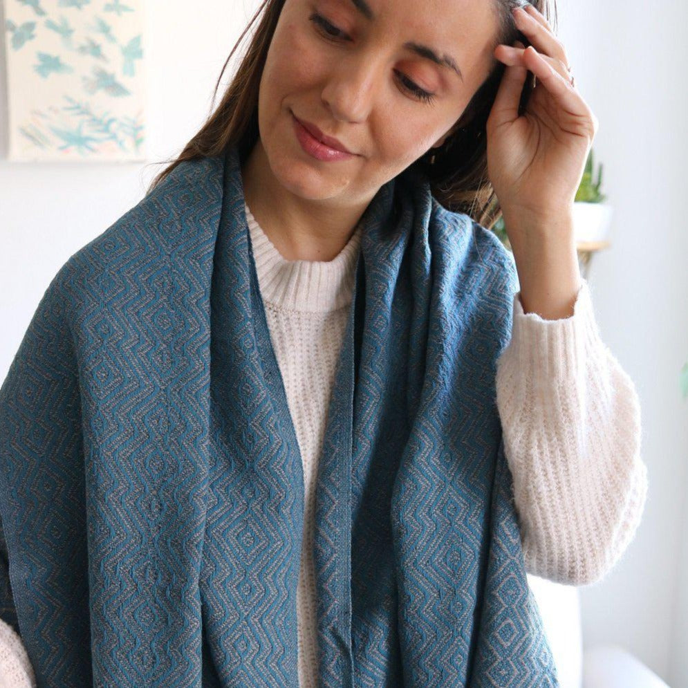 KARIA Handwoven Cotton Throw Gray on Petrol - anatolico