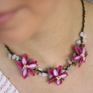 DAISY Handmade Necklace-Accessories-Anatoli.co-Pink and white-Anatoli.co