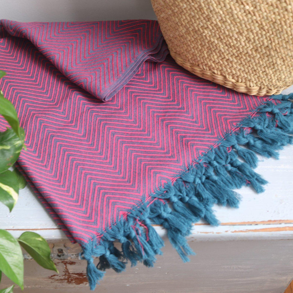 KARIA Handwoven Cotton Throw Fuchsia on Petrol - anatolico