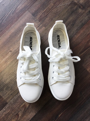Sarah Sneaker | Soda Shoes
