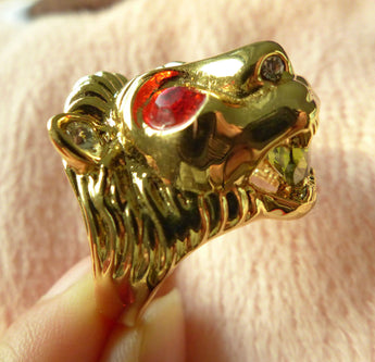 Close up side of lion ring.