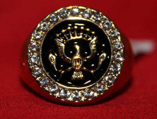Close up of center of ring with eagle.