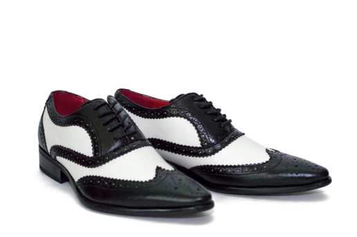 GETTING FAMILIAR WITH OXFORD SHOES