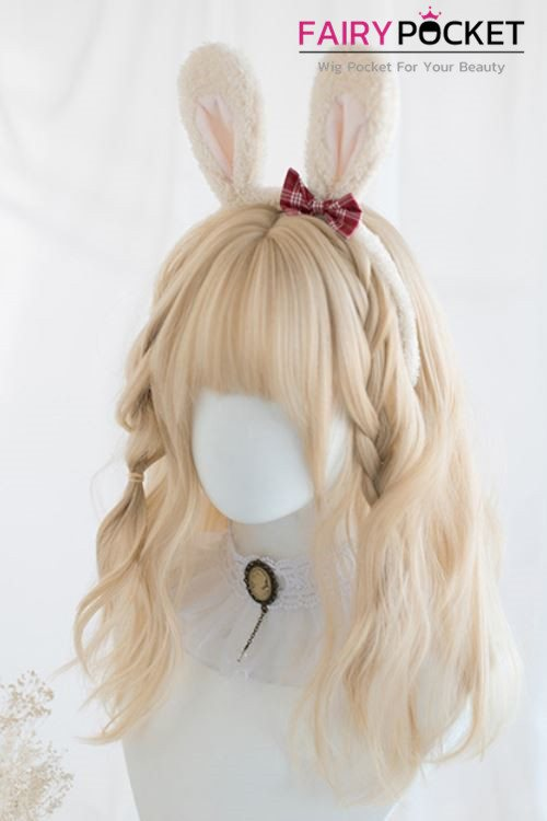 Lolita Medium Wavy Sand Basic Cap Wig