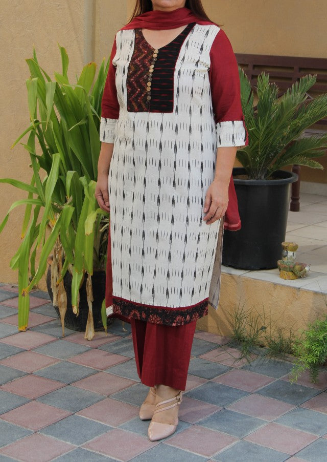 White and Maroon Cotton Kurta with pants and chiffon Dupatta