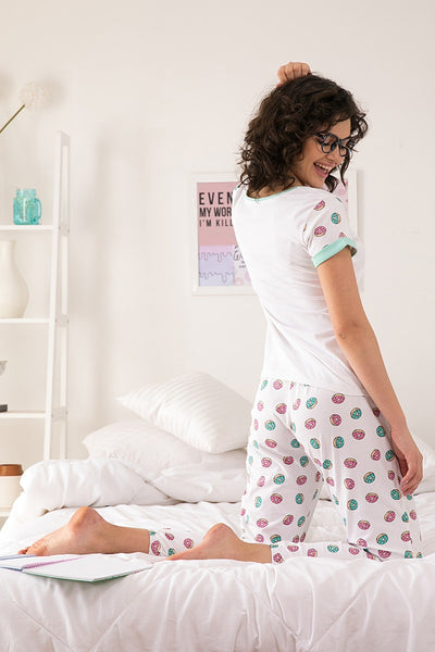 Zivame Candyland Cotton Top N Pyjama Set- White N Print