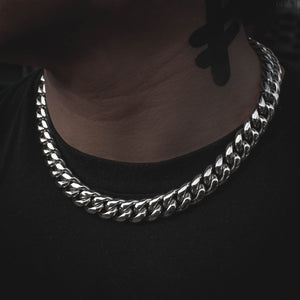 "18"" Miami Cuban Link Choker 14mm in White Gold - The Jewelry Plug"