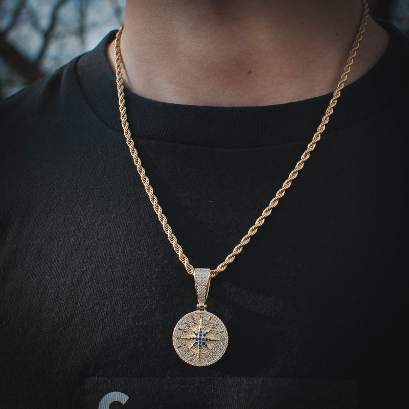 Compass Pendant Necklace in Yellow Gold