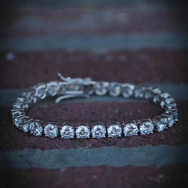 18k White Gold Iced Out Diamond Tennis Bracelet - The Jewelry Plug