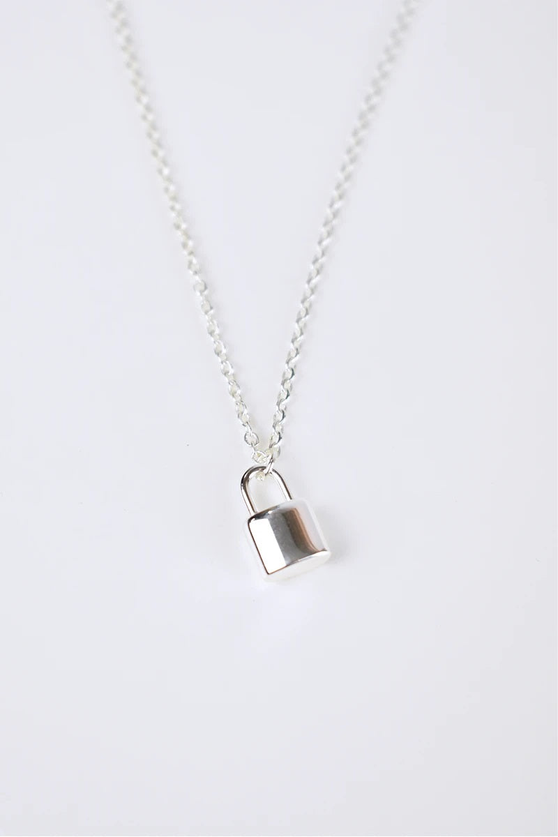 Louis Necklace