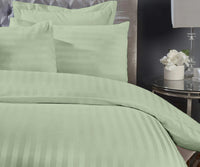 300 Thread Count Super King Pista Bedsheet with 4 Pillow Covers