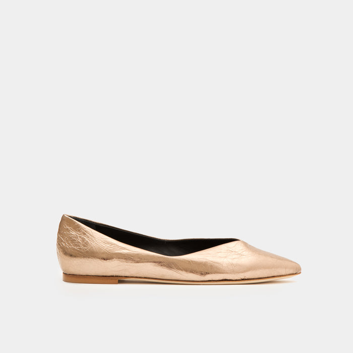 Crinkled bronze metallic Pointy toe flat slip-on