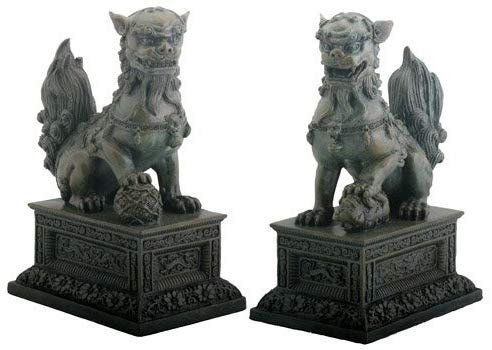 YTC Pair of Chinese Lions Foo Dogs - Collectible Figurine Statue Figure