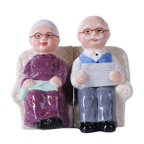 Pacific Giftware 4.75 inches Grandparent Couple Magnetic Salt and Pepper Shaker Kitchen Set