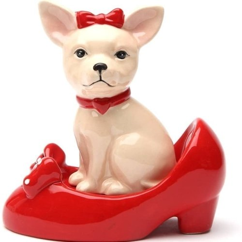 PACIFIC GIFTWARE Chihuahua in Red Pumps Top Bottom Magnetic Ceramic Salt and Pepper Shakers