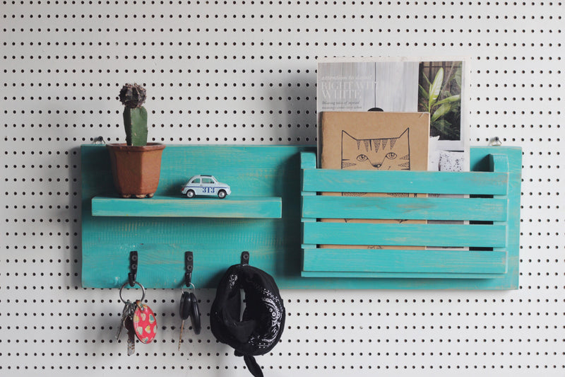 Entryway organiser- Magazine rack + Shelf + Hooks