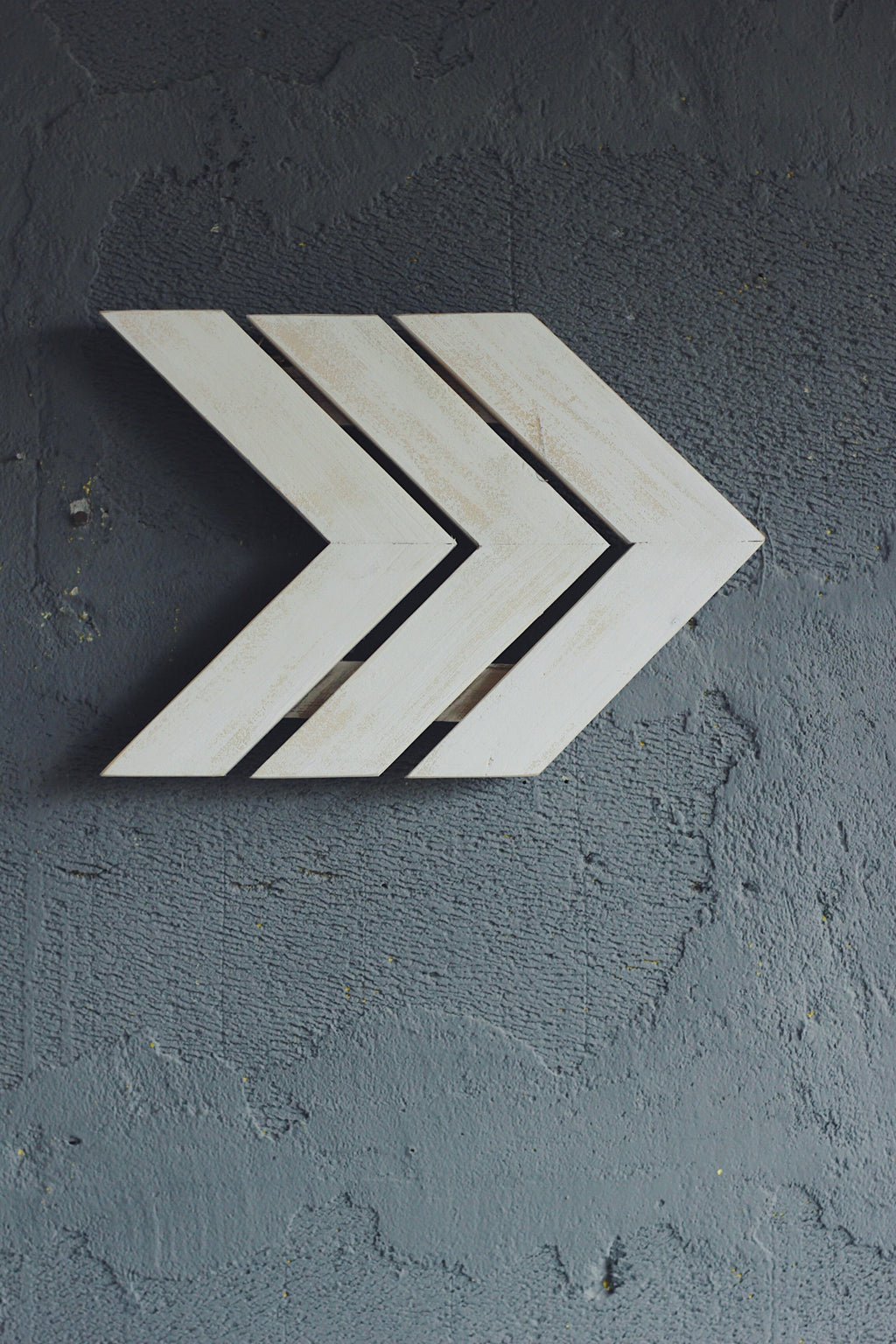 Strip Chevron Arrow