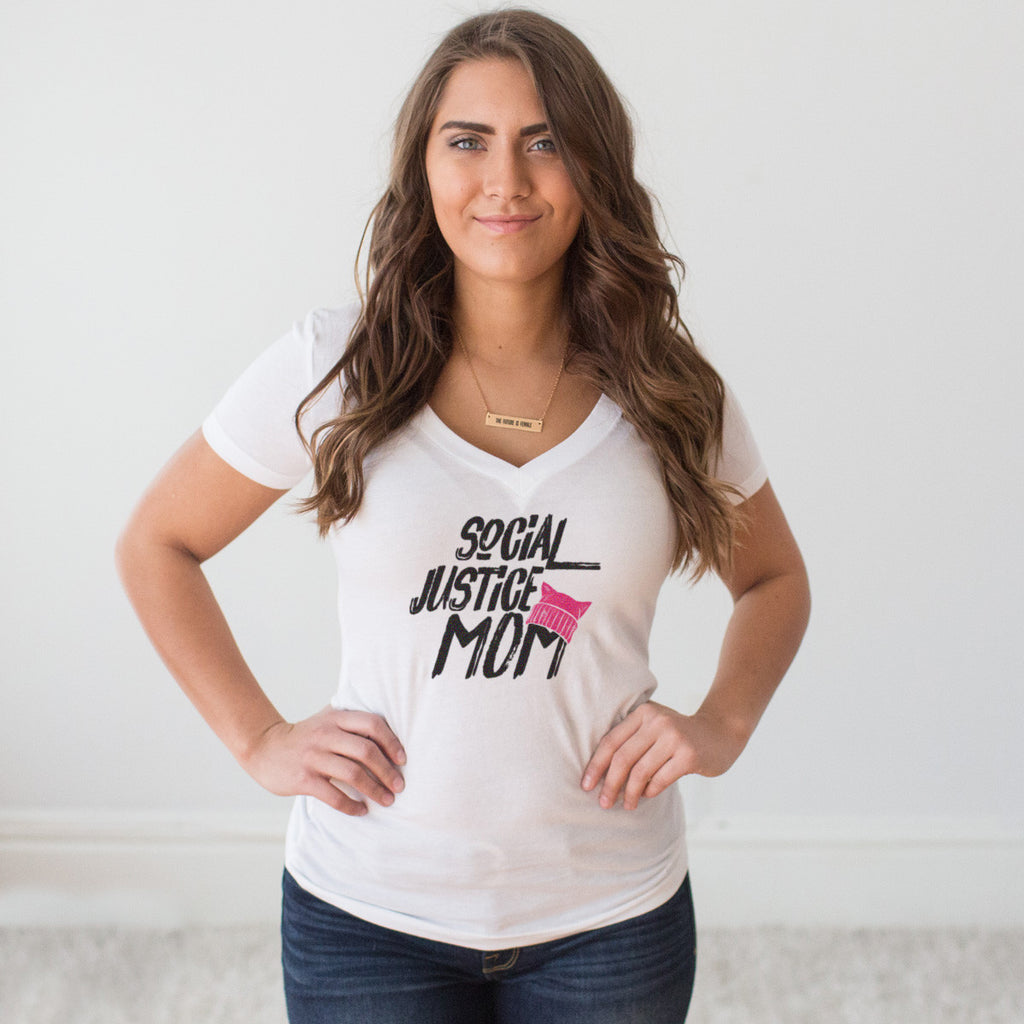 Social Justice Mom V-Neck T-shirt - pipercleo.com