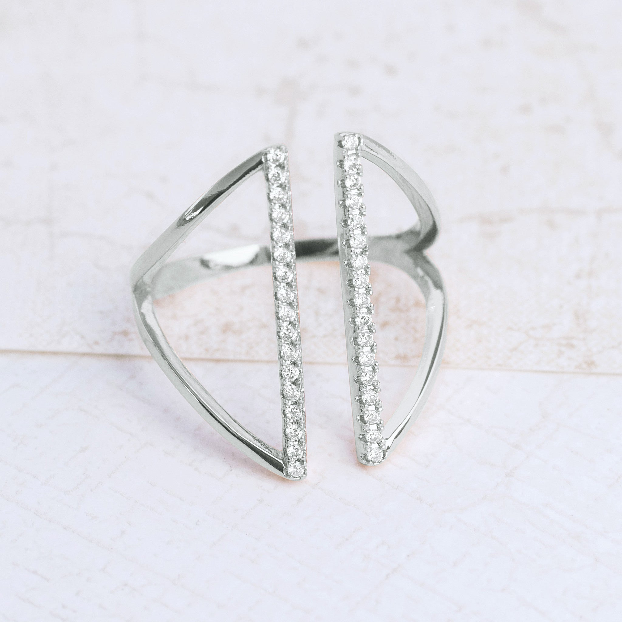 The Silver Shield Ring - pipercleo.com