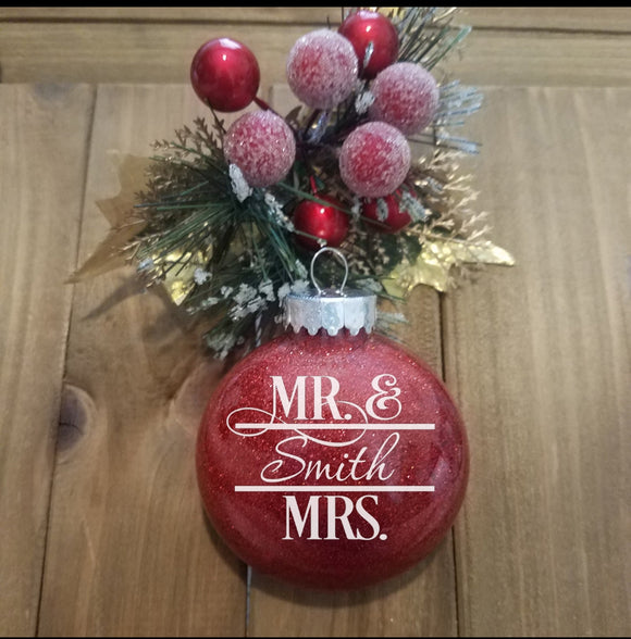 Mr. and Mrs. Christmas Ornament - EMP VINYL DESIGNS