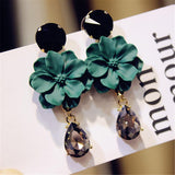 Vintage Stone Green Flower Dangle Drop Earrings