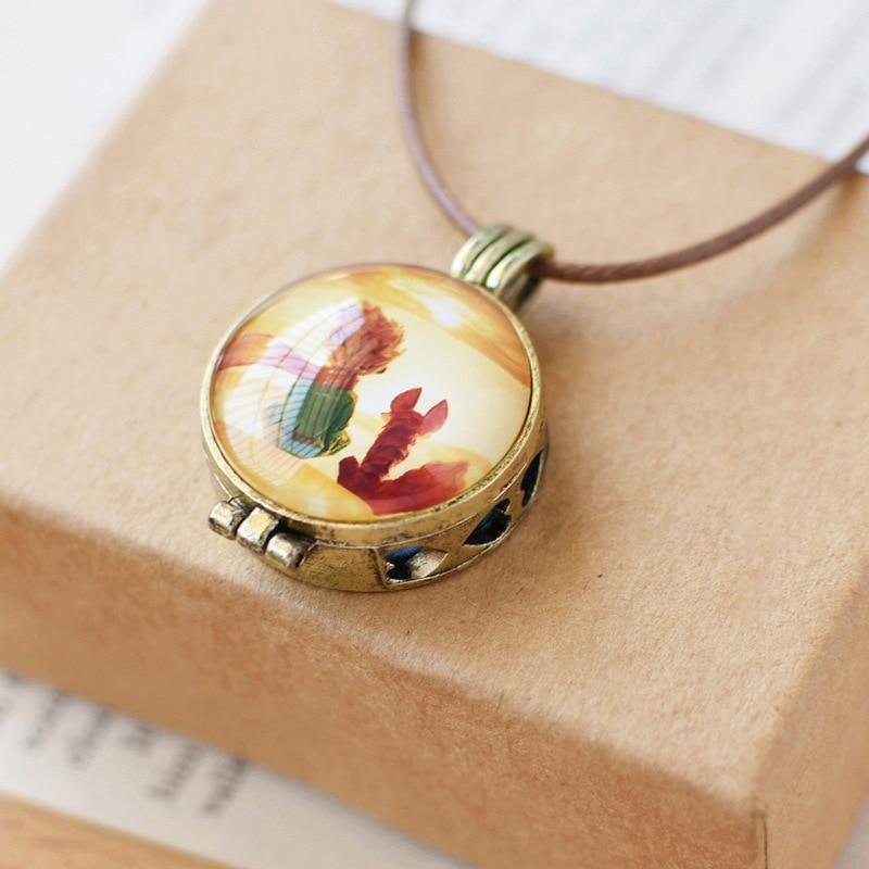 Vintage Cabochon Opened Glass Pendant Necklace