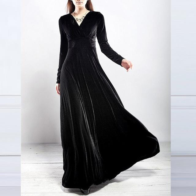 Elegant Long Vintage Velvet Dress Black