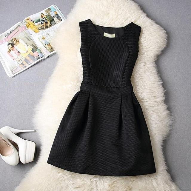 Cute Short Lace Dress Black