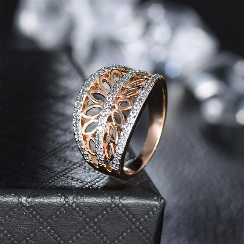 Unique Gold Design Ring
