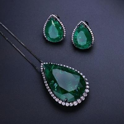 Crushed Stone Stud Earrings And Pendant Set Green