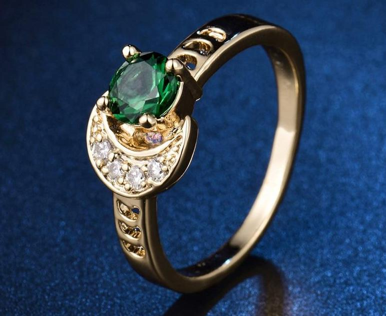 Unique Sun And Moon Green Ring