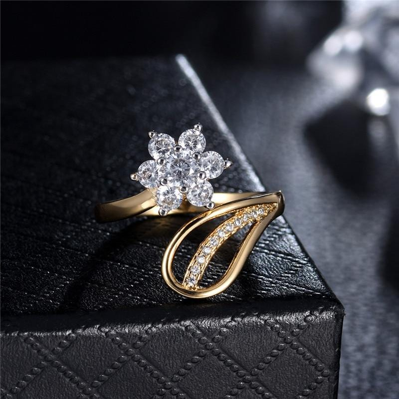 Flower Shape Crystal Ring Gold