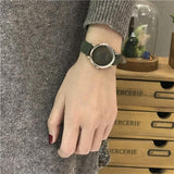 Casual Simple Retro Vintage Leather Watch Black