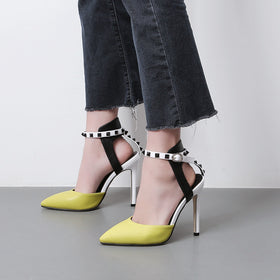 Rivet Spell Color High-heeled Shoes